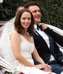 Свадьба - он и она