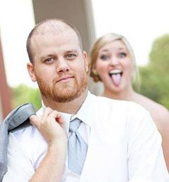 Невеста подшучивает